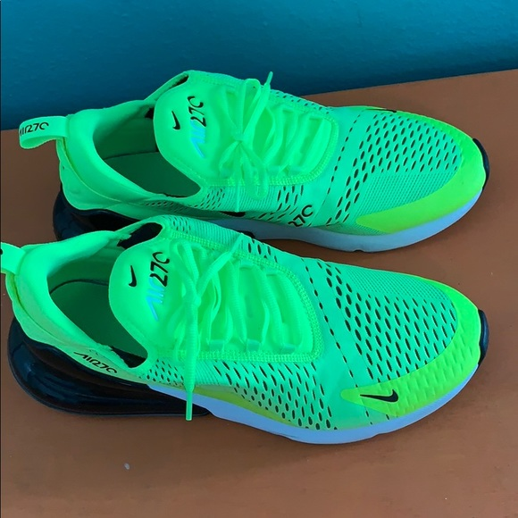 purchase cheap detailed images on feet images of Air max 270 size 12 like new